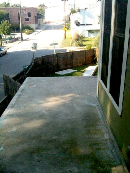 Concrete roof deck slab with no waterproofing